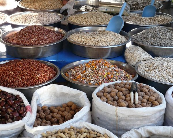 Why you should soak or sprout your nuts, seeds, grains and legumes